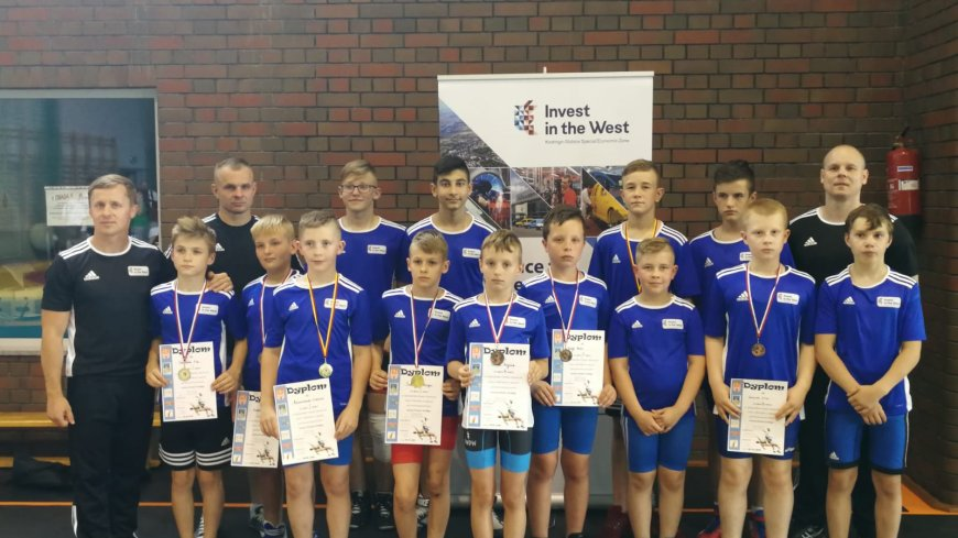 Młodzi zpaśnicy zdobywają 8 medali na Międzywojewódzkich Zawodacj w Lubsku