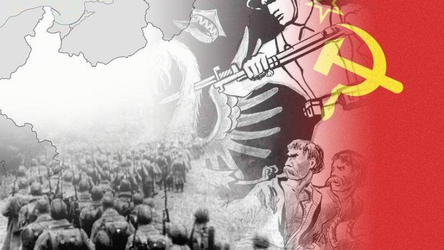 """Grafika ze strony sejm.gov.pl, z artykułu """"17 września. Światowy Dzień Sybiraka i rocznica agresji Związku Sowieckiego na Polskę""""przedstawiającego mapę II RP, po prawej rosyjskiego żołnierza z bronią i wbijanym bagnetem, flagą ZSRR, i polskimi żołnierzami"""